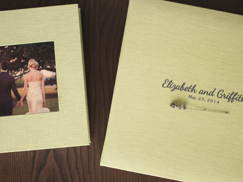 Fabrik cover with cameo photo & optional gift box