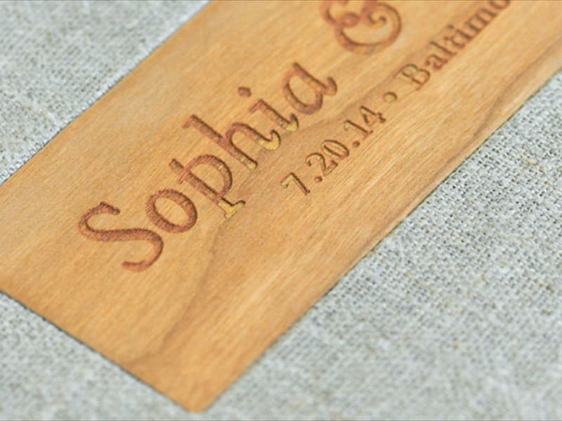 Fabrik cover with wooden nameplate